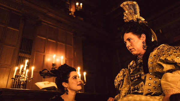 THE FAVOURITE - INTRIGEN UND IRRSINN  - Kino Ebensee