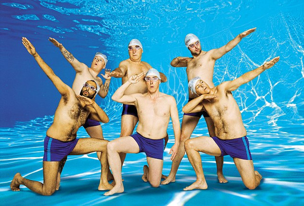 SWIMMING WITH MEN  - Kino Ebensee